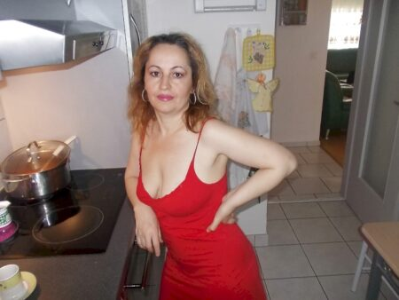 Femme cougar pour un dial hard et plus